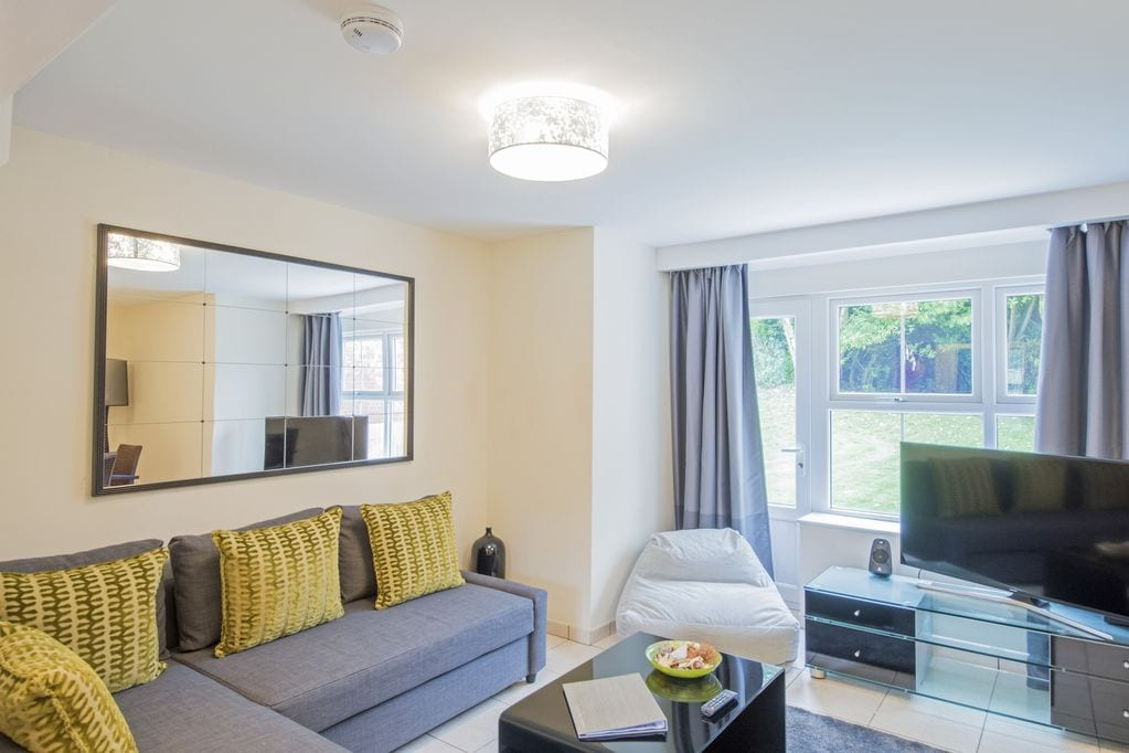 Luxury accommodation at Cottrell Park Golf Resort - Bright and happy communal space