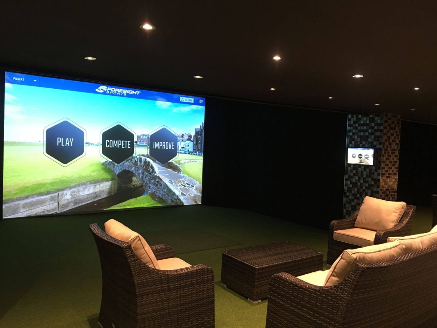 Things to do in Cardiff, family days out - golf and sports simulators in Cottrell Park
